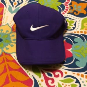 Nike hat OS
